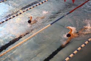 В ТувГУ прошли соревнования по плаванию среди первокурсников, лучшие пловцы войдут в состав сборной вуза